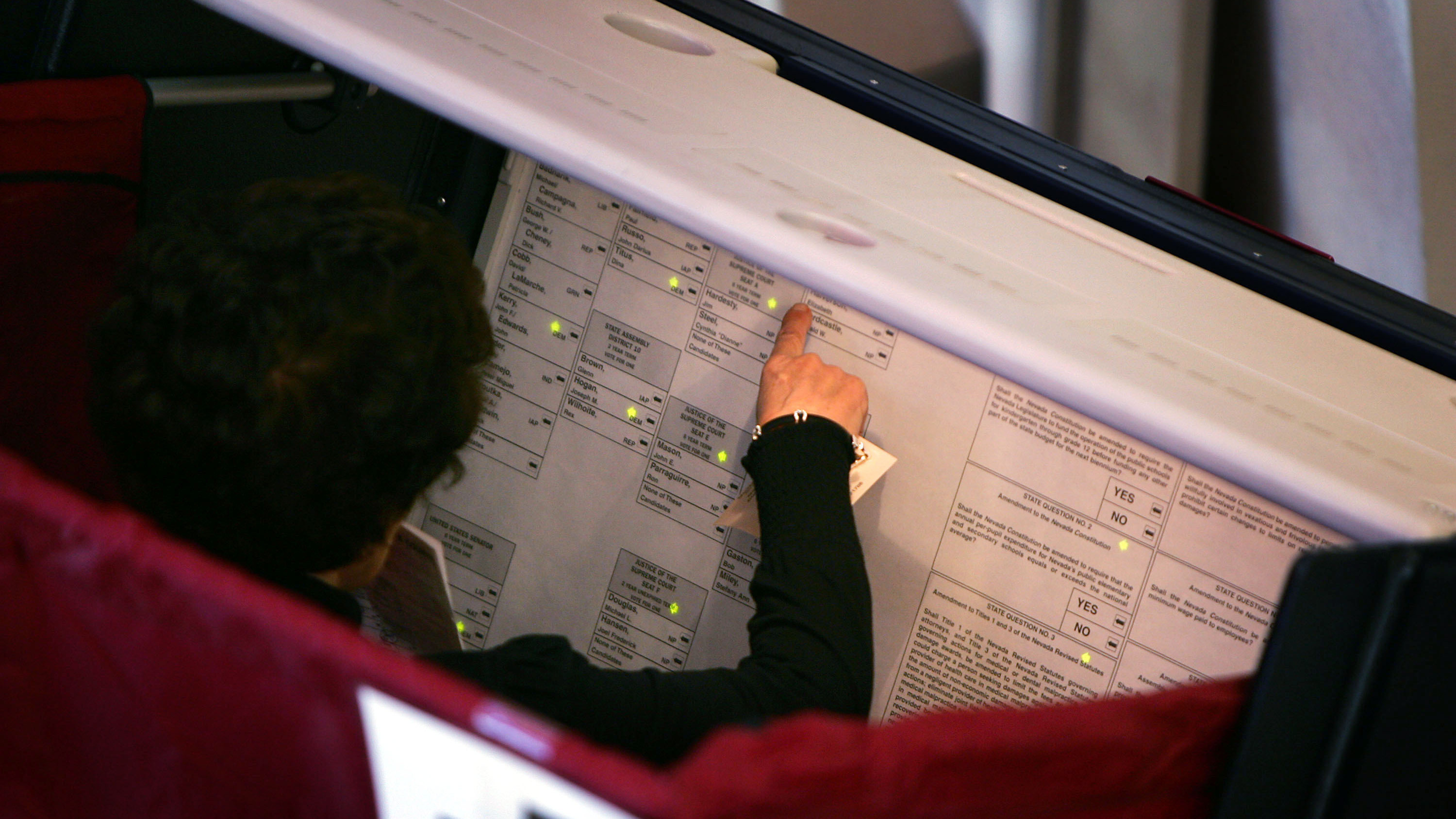 Old voting machines in the US can be hacked without people knowing it recommendations