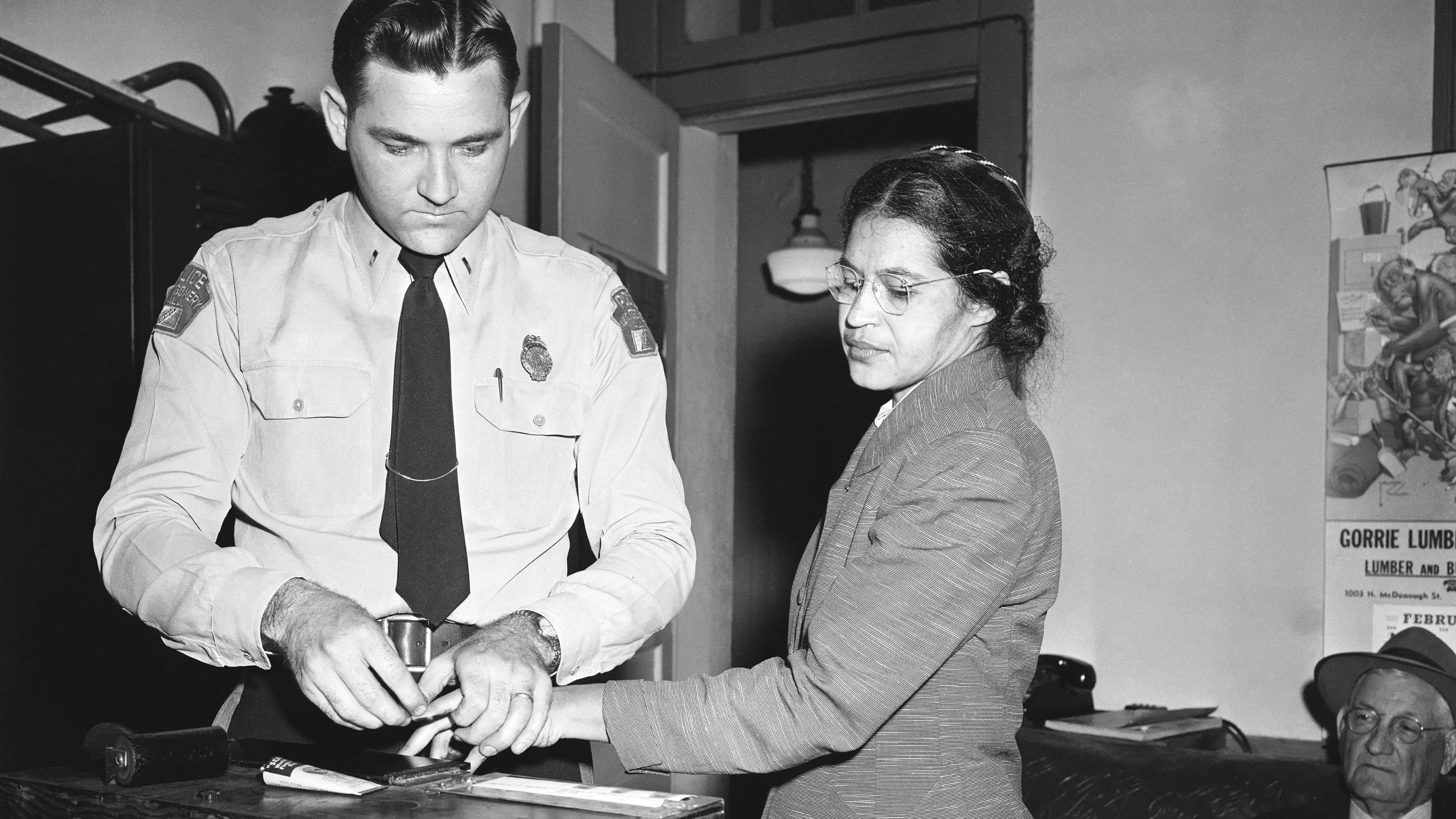 in montgomery rosa parks story offers a history lesson for police rosa parks whose refusal to give up her seat touched off the montgomery bus boycott
