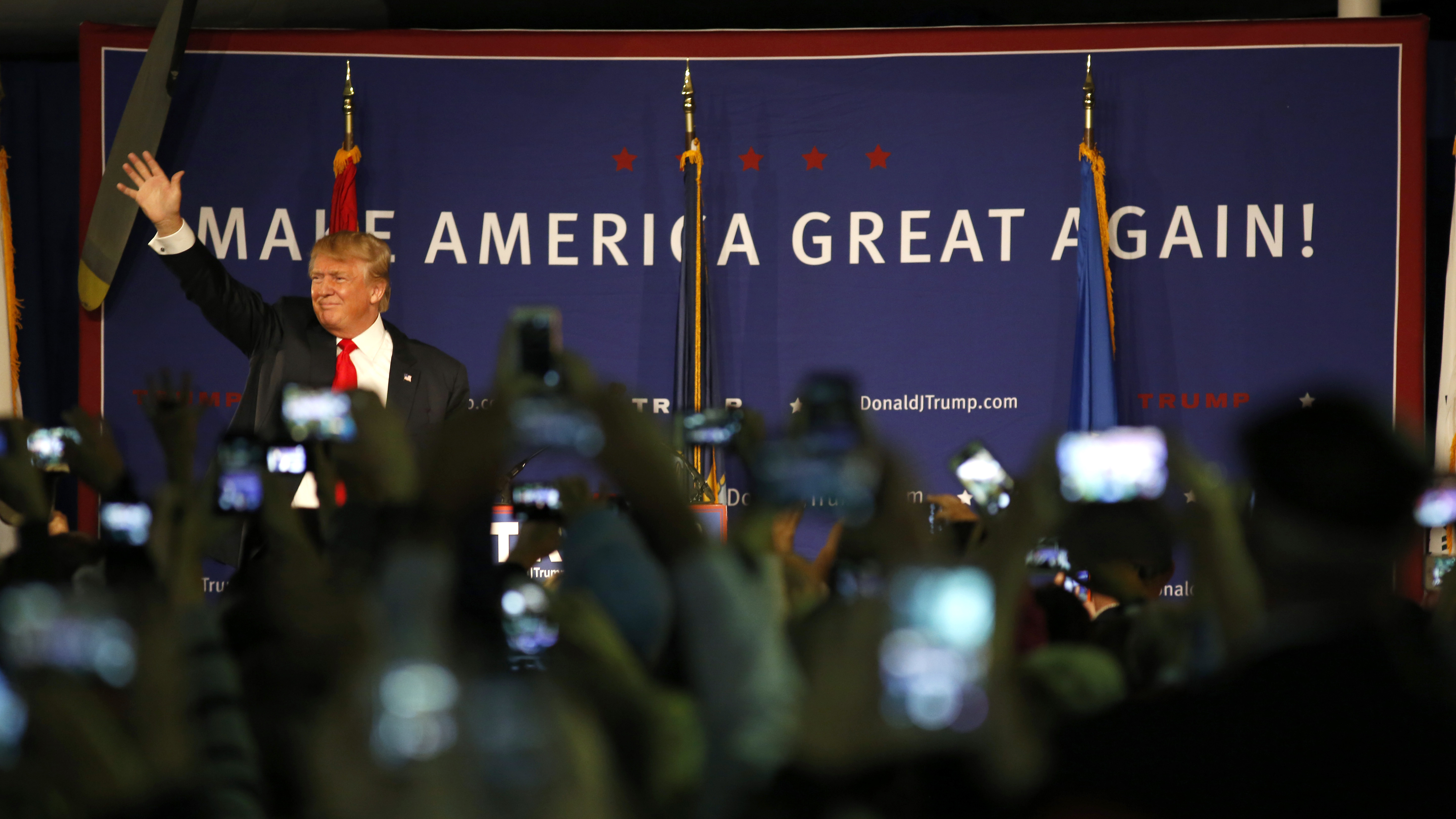 After issuing a statement calling for a ban on Muslim immigrants, Donald Trump holds a rally in Mt. Pleasant, S.C., on Monday. (Photo by Mic Smith/AP)