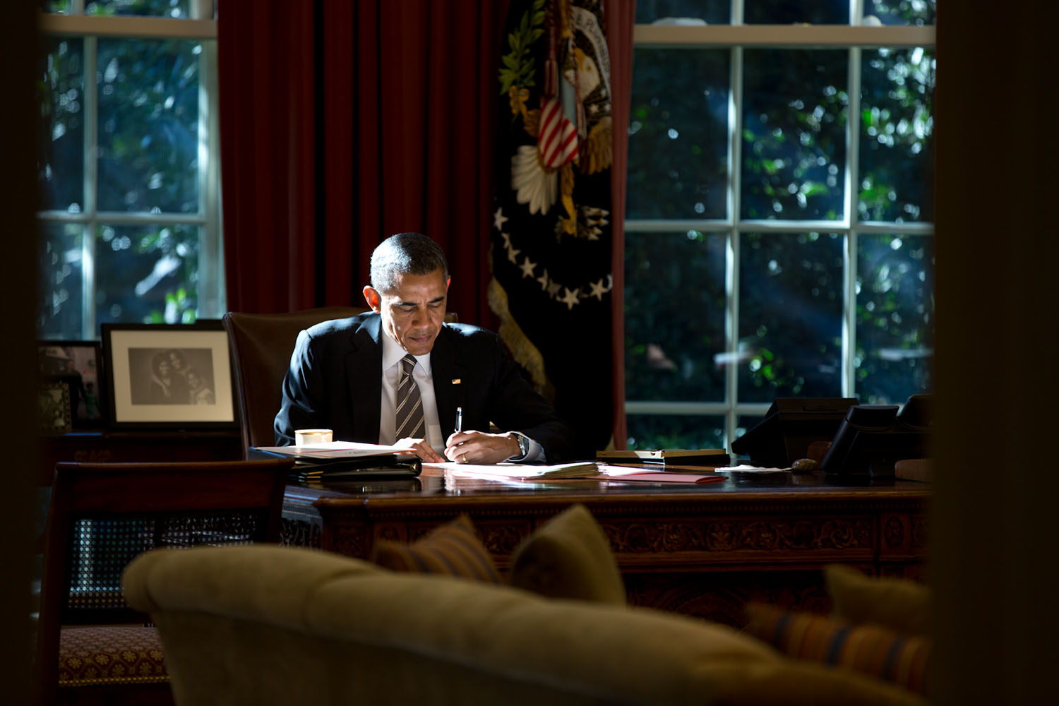 President Barack Obama in Oval Office