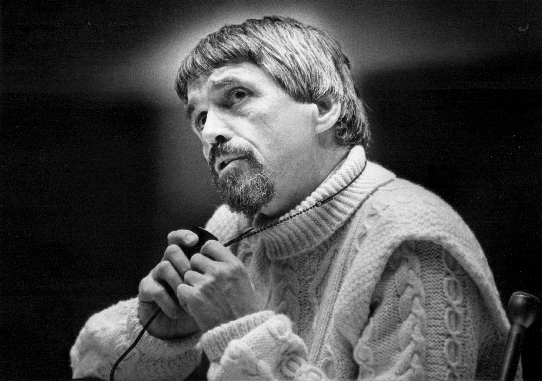 Daniel Berrigan speaks in Colorado in 1974. Jodi Cobb/Denver Post via Getty Images