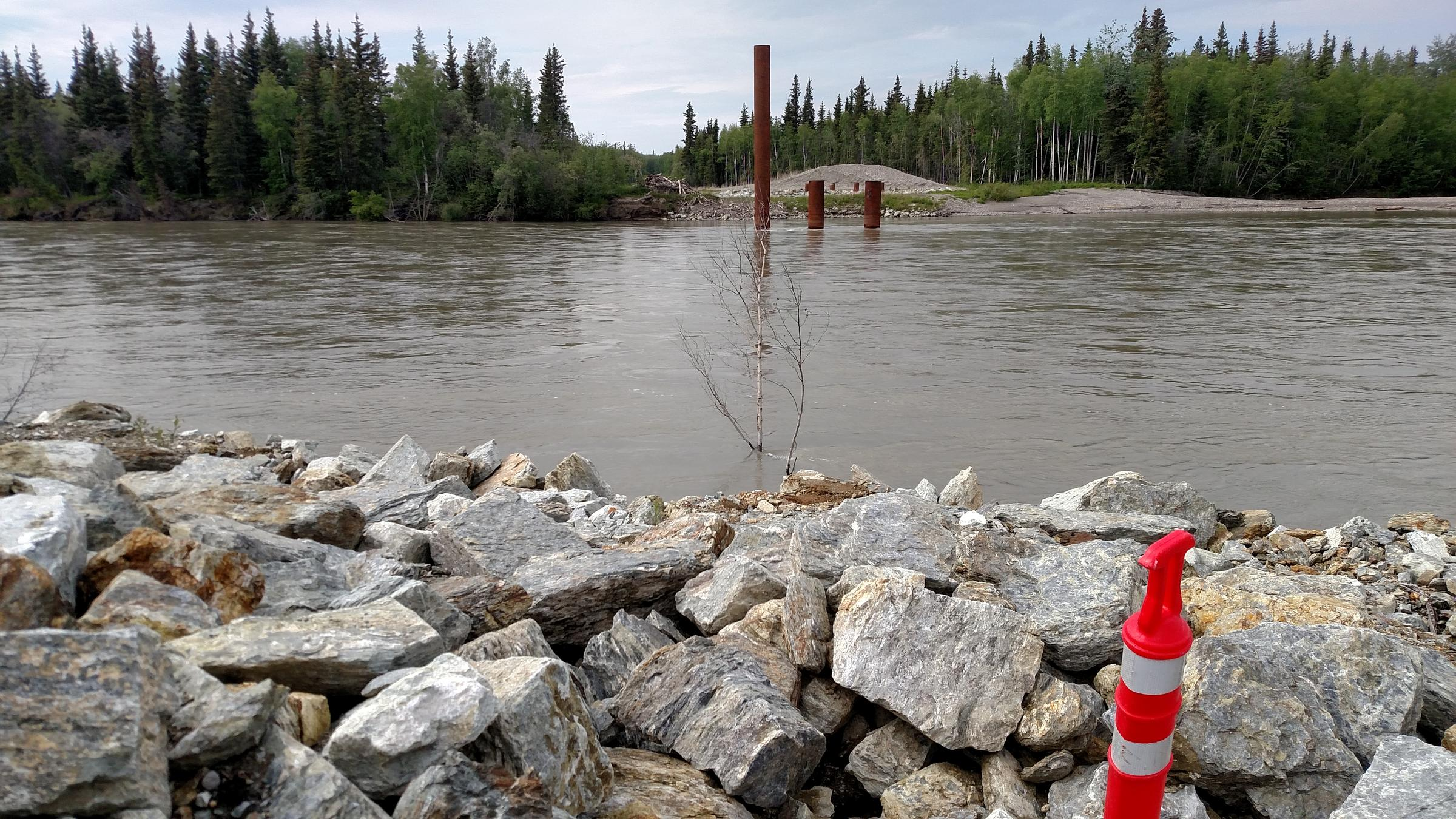Nenana's contractor was able to accomplish some work on the big bridge, including driving pilings into the riverbed near the opposite side, before money for the project ran out. (Photo by Tim Ellis, KUAC)
