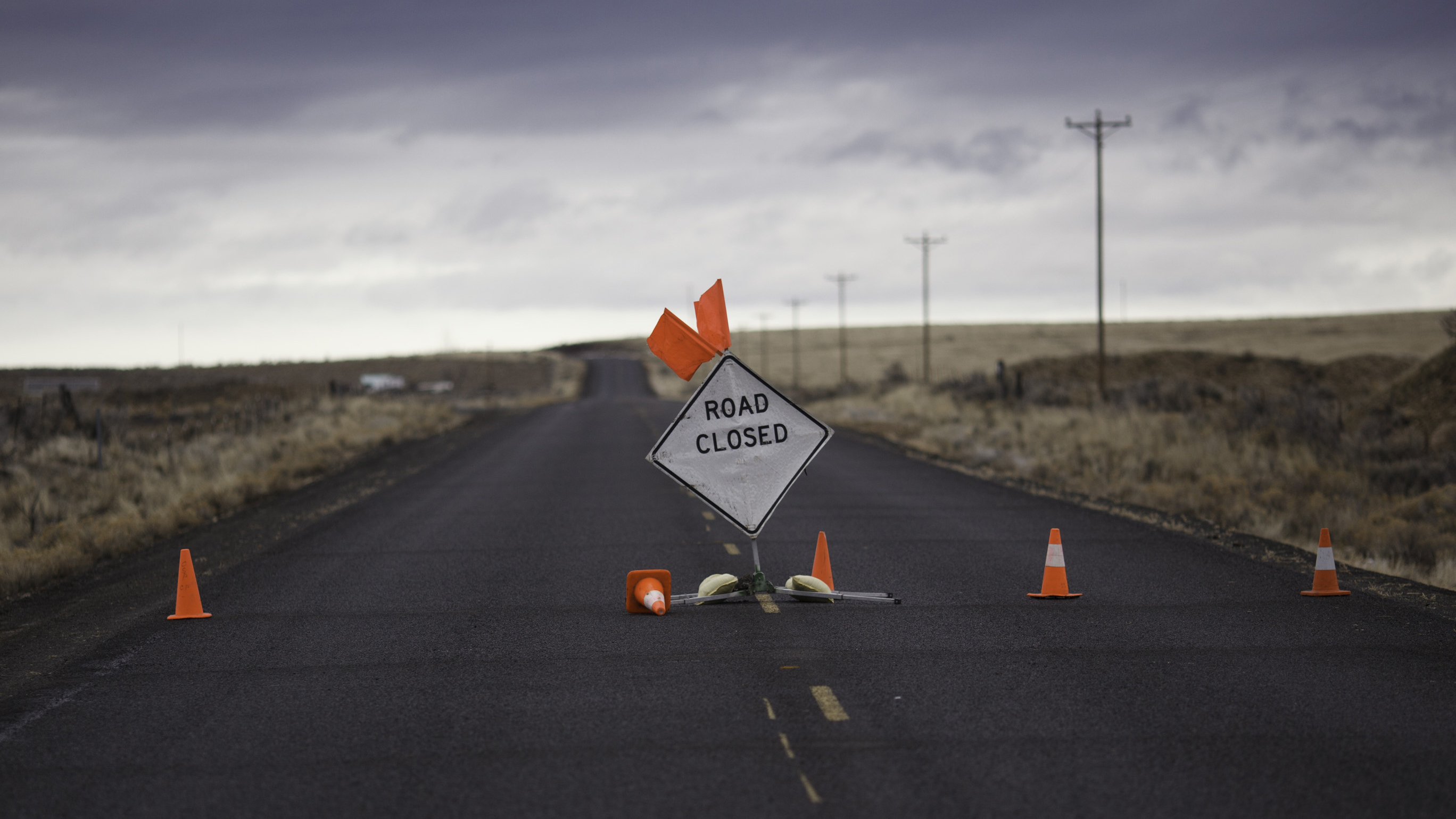 A sign is placed on a closed road to the Malheur National Wildlife Refuge near Burns, Ore., on Jan. 29, during the armed occupation of the refuge. (Photo by Rob Kerr/AFP/Getty Images)