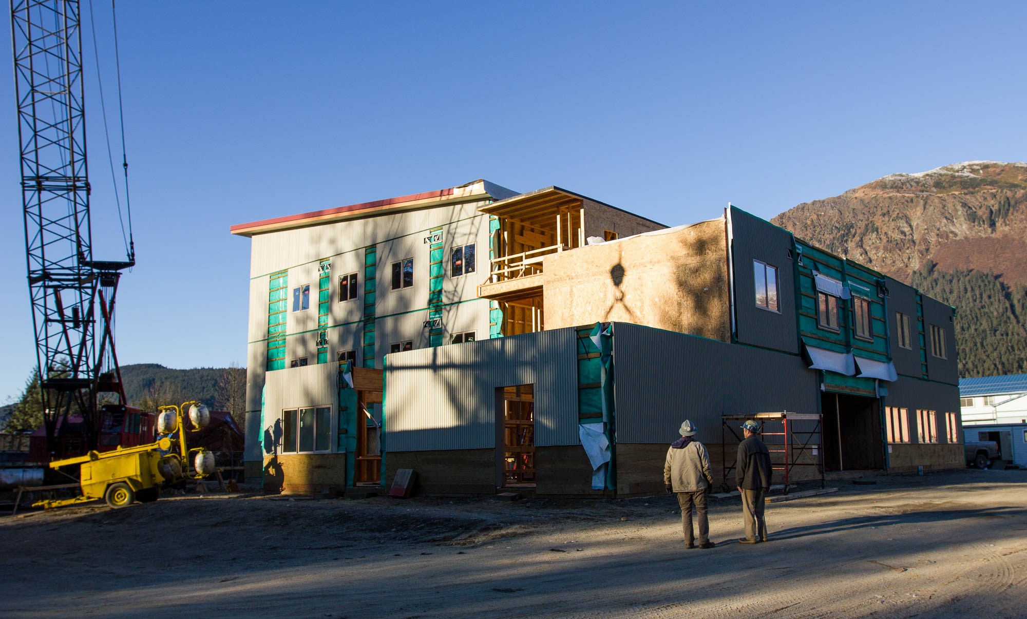 The Housing First Project under construction on November 17, 2016. (Photo by David Purdy/KTOO)