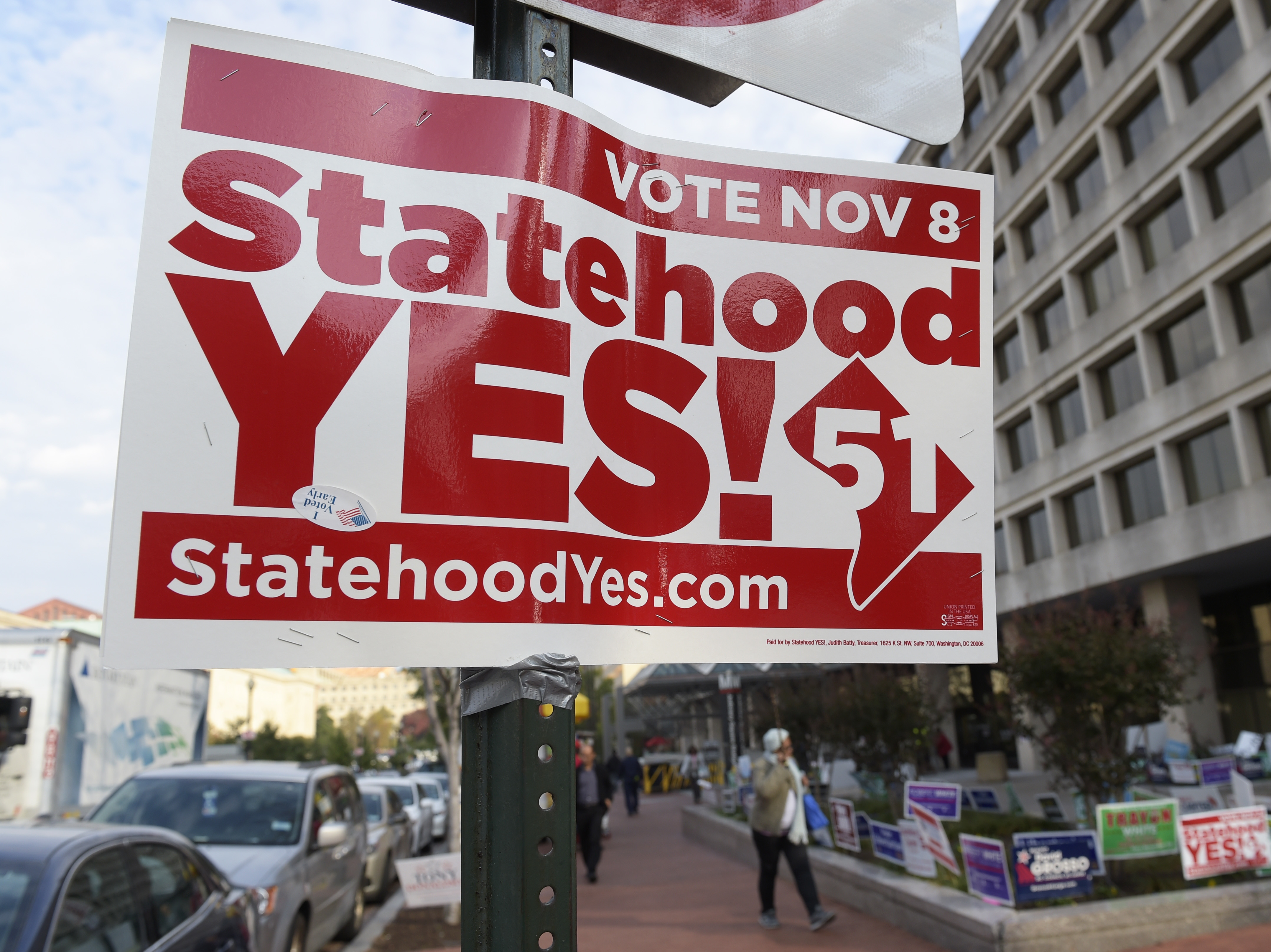 A sign supporting D.C. statehood on display outside an early voting place on Nov. 3.