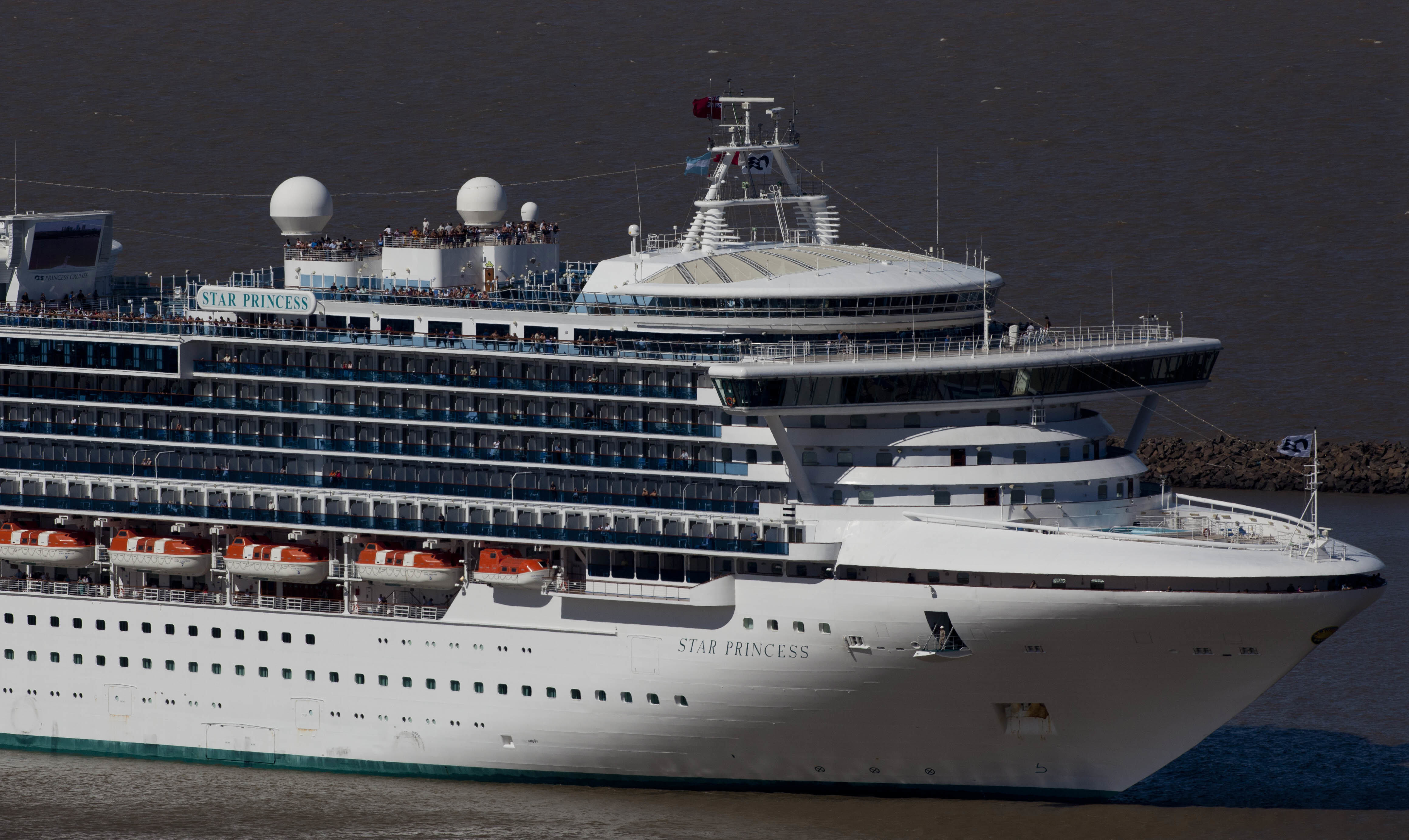 A Princess Cruise Line ship leaves Buenos Aires' port in Argentina in 2012. Natacha Pisarenko/AP
