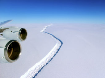 Antarctic crack in November 2016