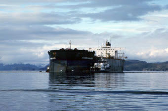 On March 24, 1989, the tanker Exxon Valdez ran aground on Bligh Reef in Prince William Sound, Alaska. Within six hours of the grounding, the Exxon Valdez spilled approximately 10.9 million gallons (259,500 barrels) of its 53 million gallon cargo of Prudhoe Bay crude oil. The oil would eventually impact more than 1,100 miles of non-continuous coastline in Alaska, making the Exxon Valdez the largest oil spill in U.S. waters at the time. (Creative Commons by NOAA Office of Response and Restoration/Wikimedia)