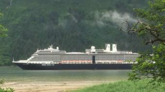 A Holland America cruise ship sails up Juneau's Gastineau Channel June 19 2017. (Photo by Ed Schoenfeld/CoastAlaska News)
