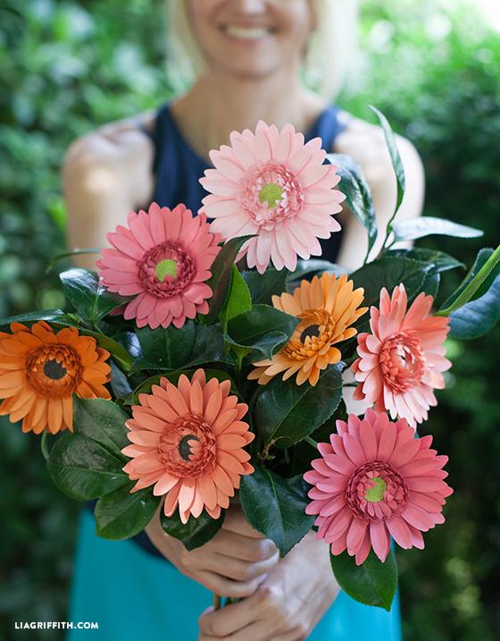 Своими руками цветы герберы из бумаги