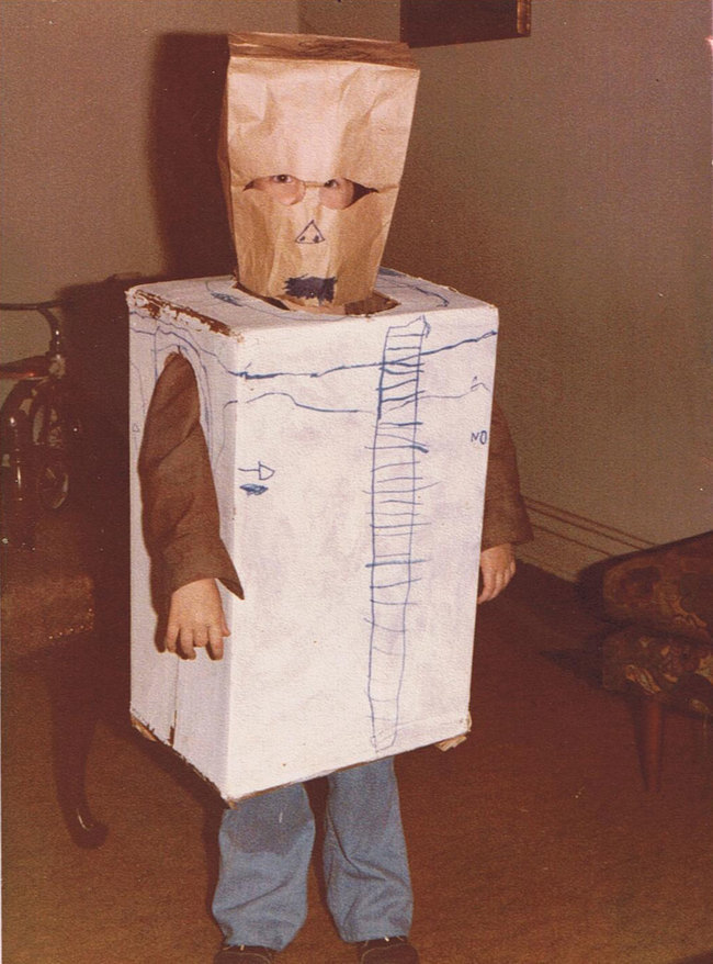 Horrible Homemade Halloween Costumes Made By Lazy Parents At The Last Minute - grabberwocky