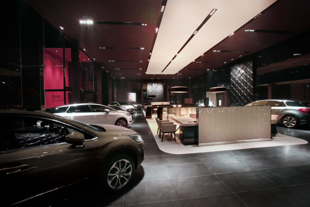 Citroën DS showroom