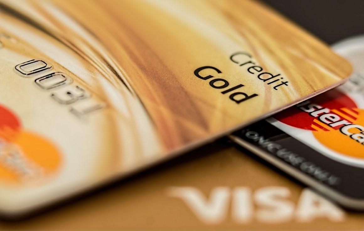 Landor Pulse of Financial Services: Credit Card Stack