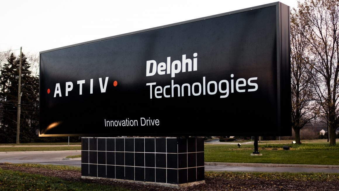 Aptiv and Delphi Technologies Logos