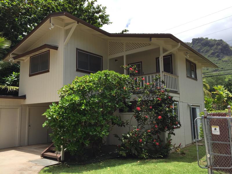 Aloha Hawaiian Cabana