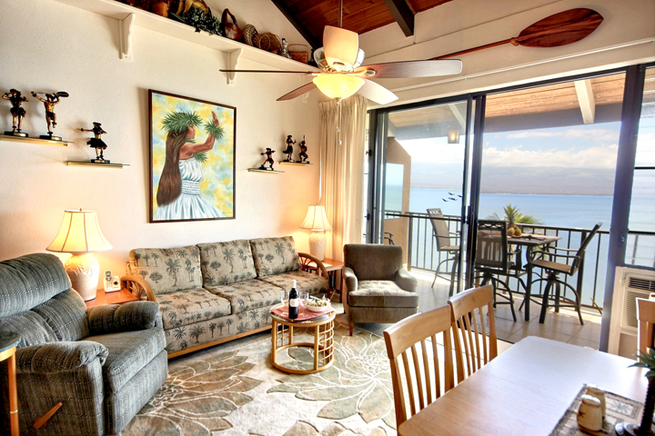 Maalaea Banyans- Oceanfront Condo (#409) photo