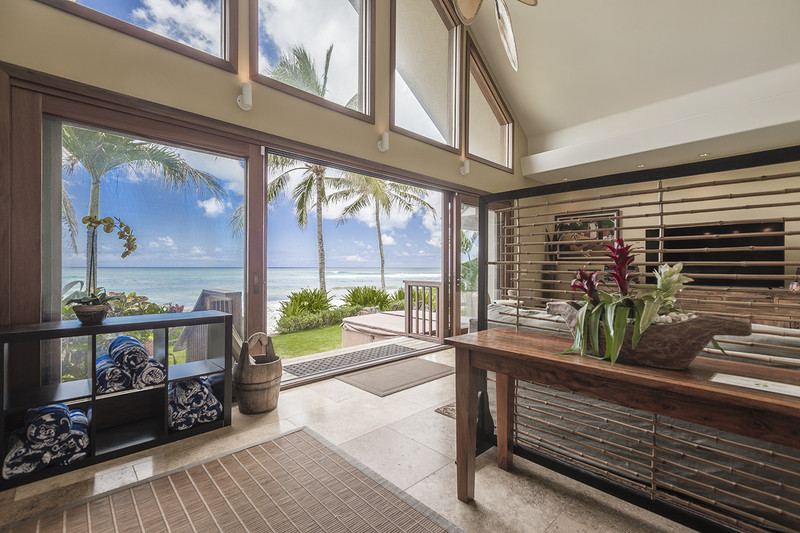 Aloha Beachfront Bliss Home photo