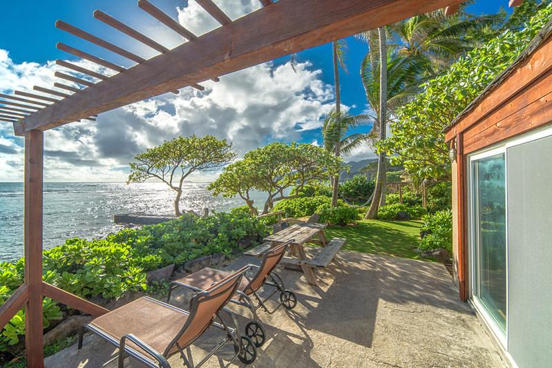 Tiki Estate photo