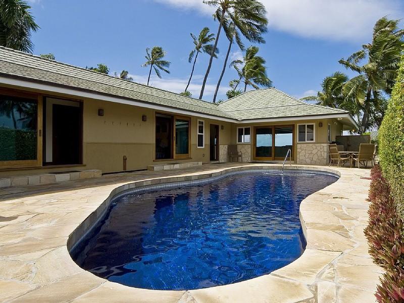 Diamond Head Tiki Estate photo
