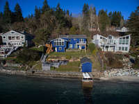 Beach House on Point White-Bainbridge Island photo
