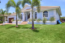 Marco Naples Vacation Rentals - LUD1221 photo
