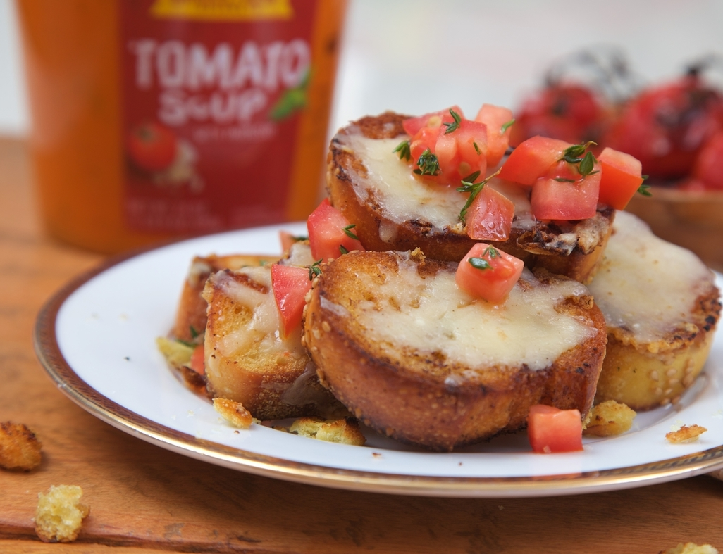 Gruyere toasts