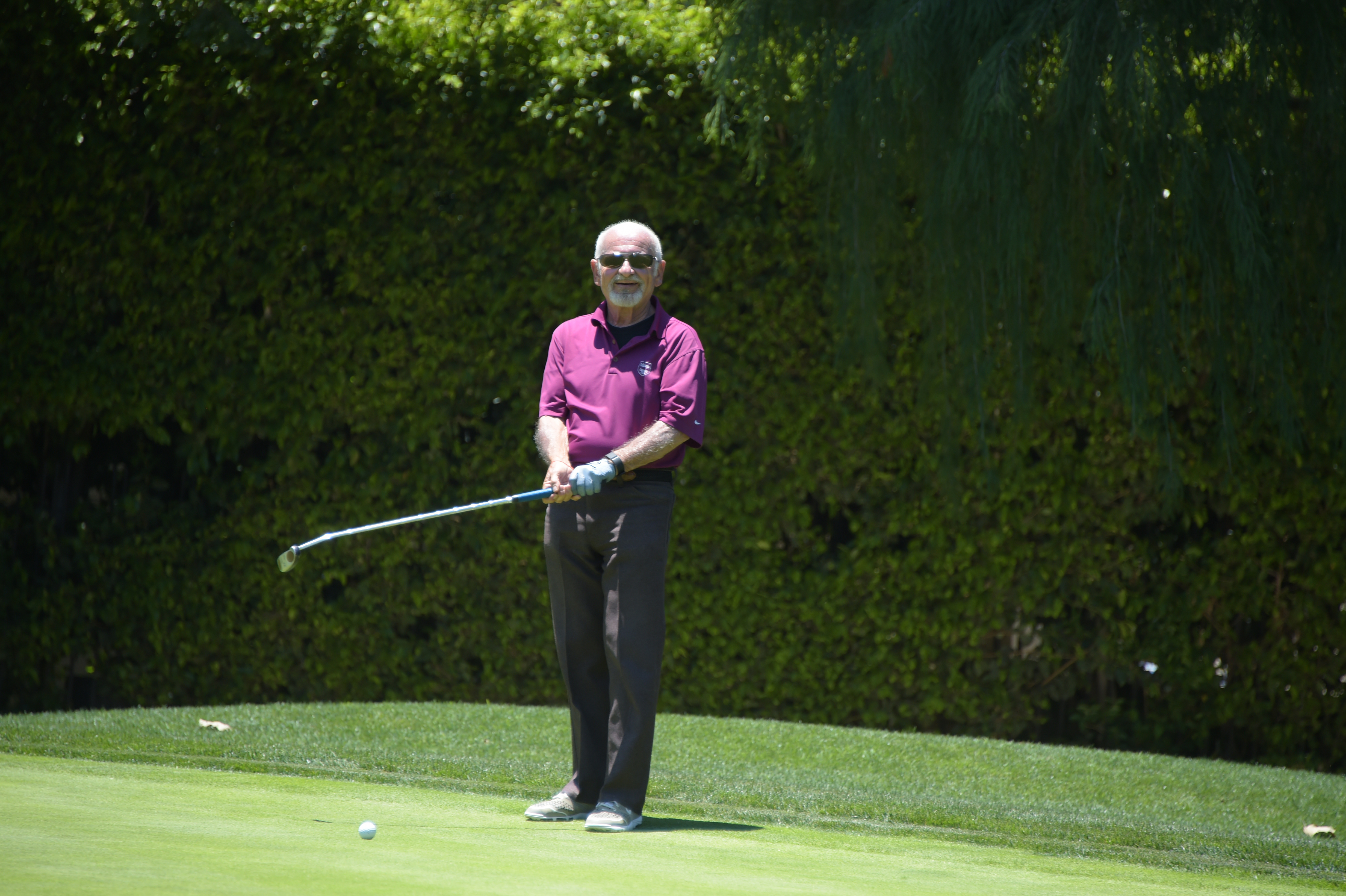 Joe Pesci plays at the Screen Actors Guild Foundation's 6th Annual Los Angeles Golf Classic on June 8, 2015 in Burbank, California. (Photo by Jason Kempin/Getty Images for The Screen Actors Guild Foundation)