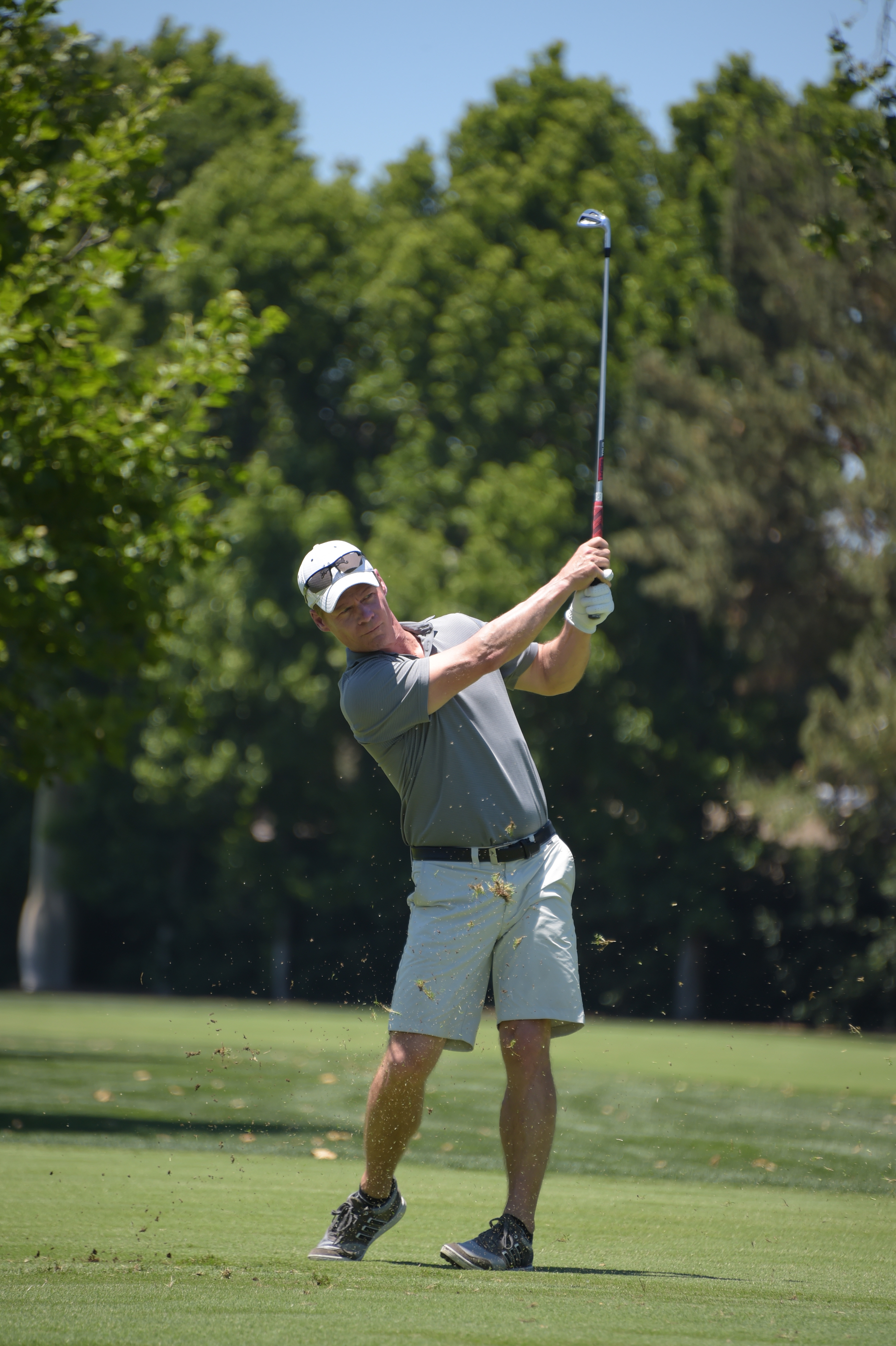 Actor Joel Gretsch plays at the Screen Actors Guild Foundation's 6th Annual Los Angeles Golf Classic on June 8, 2015 in Burbank, California. (Photo by Jason Kempin/Getty Images for The Screen Actors Guild Foundation)