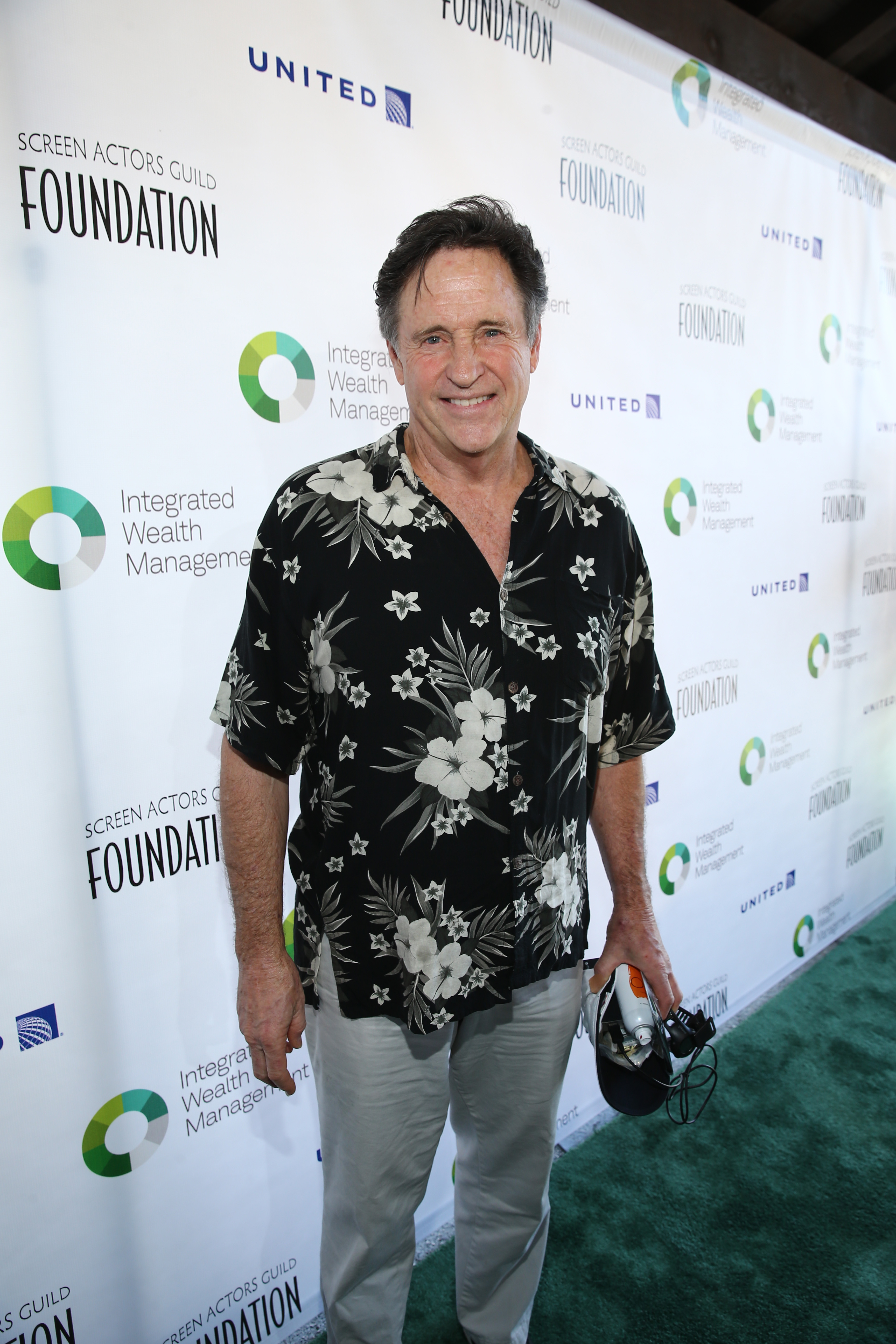 Actor Robert Hays attends The Screen Actors Guild Foundation's 6th Annual Los Angeles Golf Classic on June 8, 2015 in Burbank, California.  (Photo by Jason Kempin/Getty Images for The Screen Actors Guild Foundation)