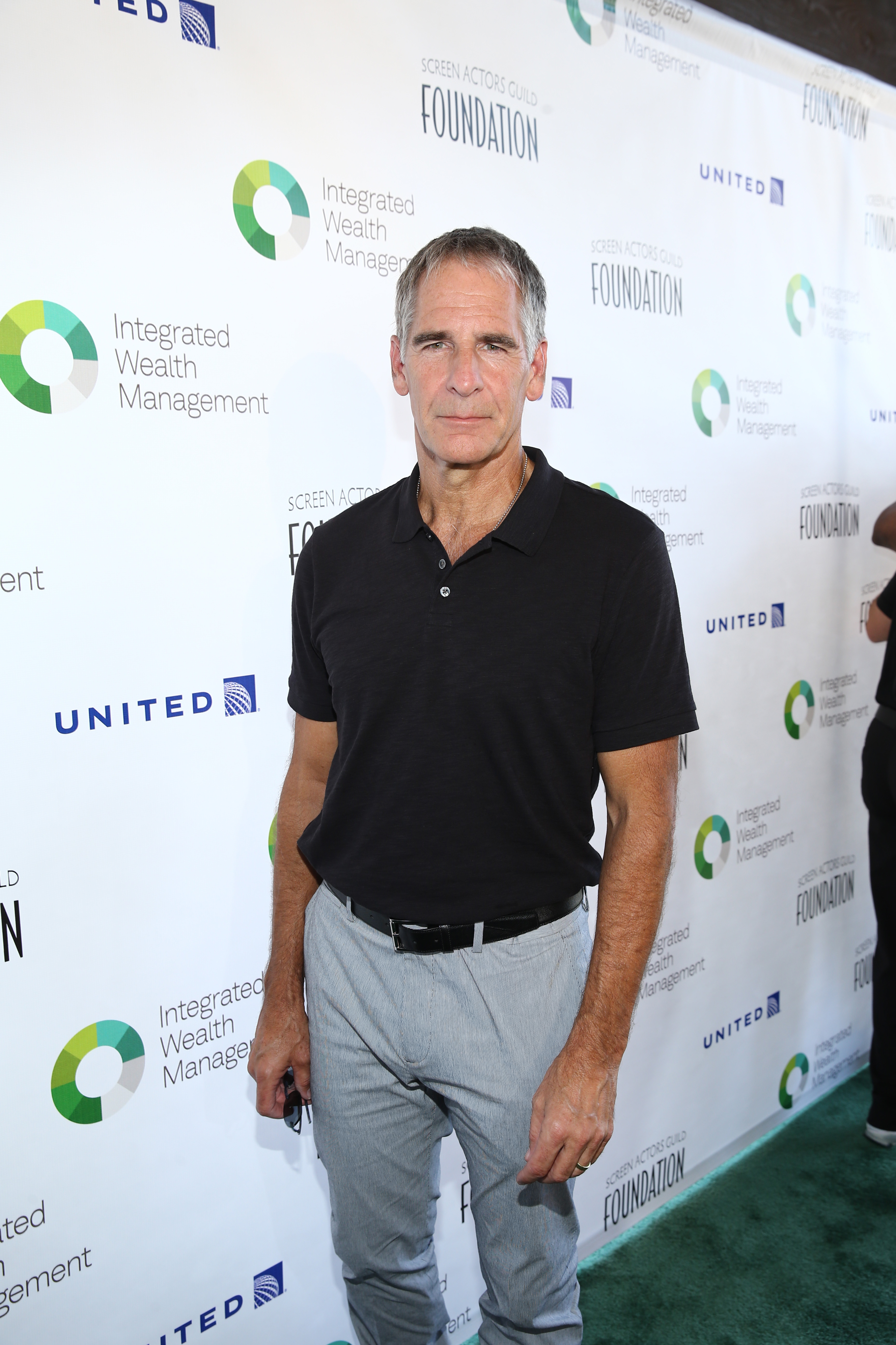 Scott Bakula attends The Screen Actors Guild Foundation's 6th Annual Los Angeles Golf Classic on June 8, 2015 in Burbank, California. (Photo by Mark Davis/Getty Images for The Screen Actors Guild Foundation)
