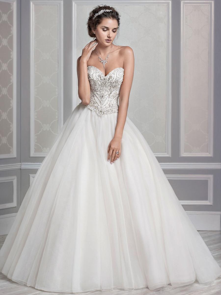 Bridal Dresses   Martellen's Dress & Bridal Boutique