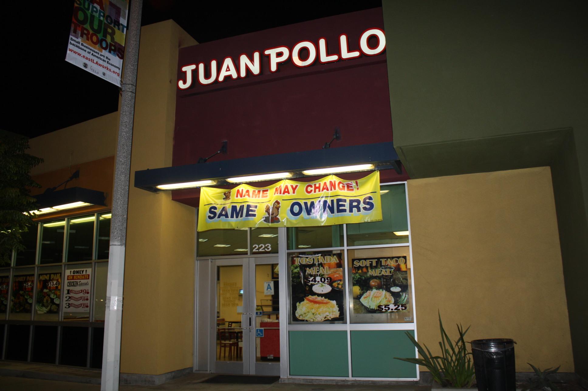 Fachada de Juan Pollo, en la Avenida Mednik, a unos pasos de la estación East LA Civic Center del tren ligero de Metro. (Foto Agustín Durán/El Pasajero).