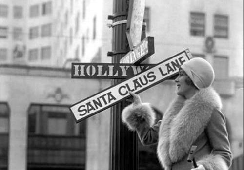 ... derechito por la Santa Claus Lane. (Foto Oficial del Hollywood Christmas Parade de Facebook).