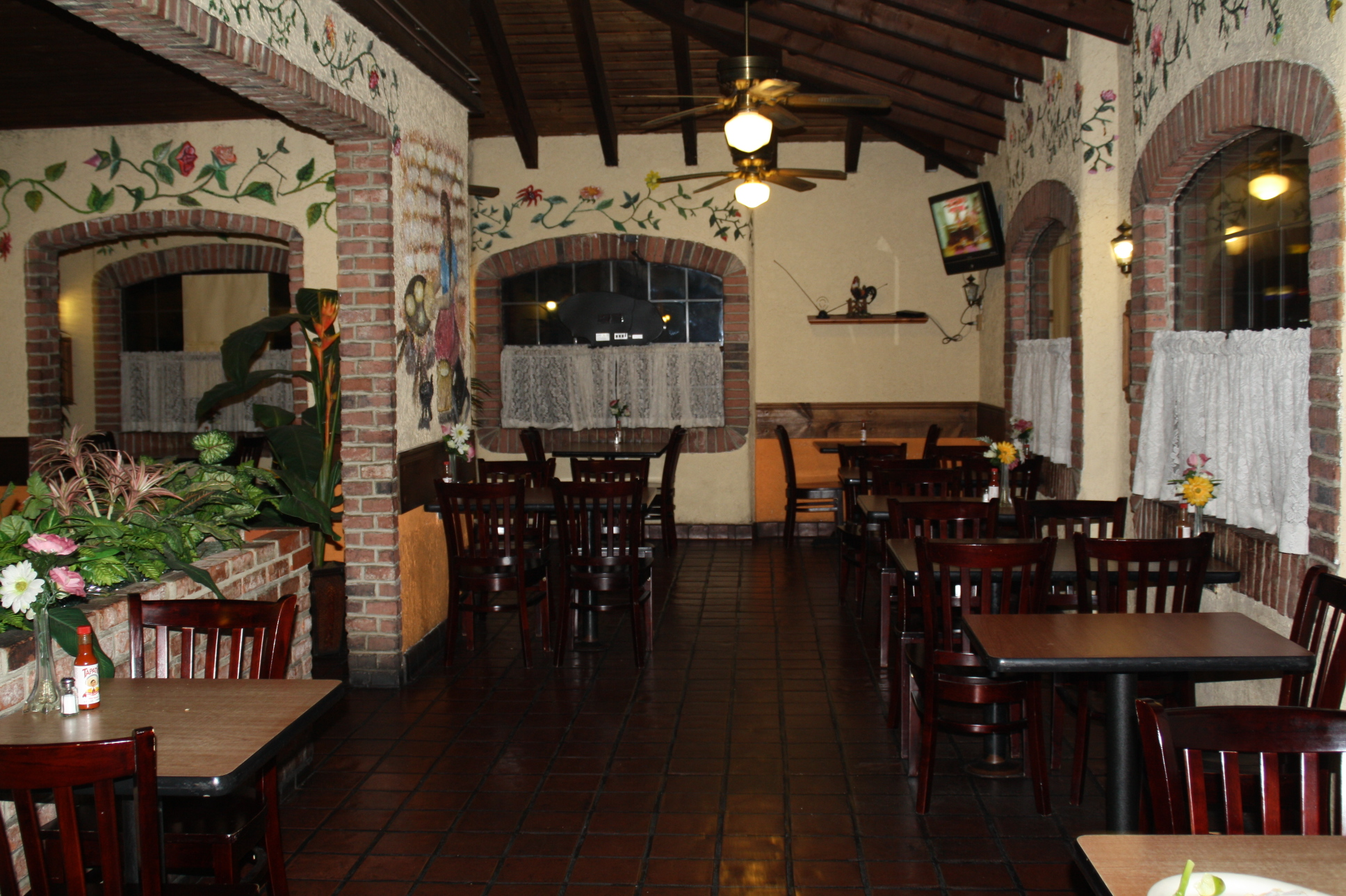 El interior de El Tacazo. (Foto Agustín Durán/El Pasajero).