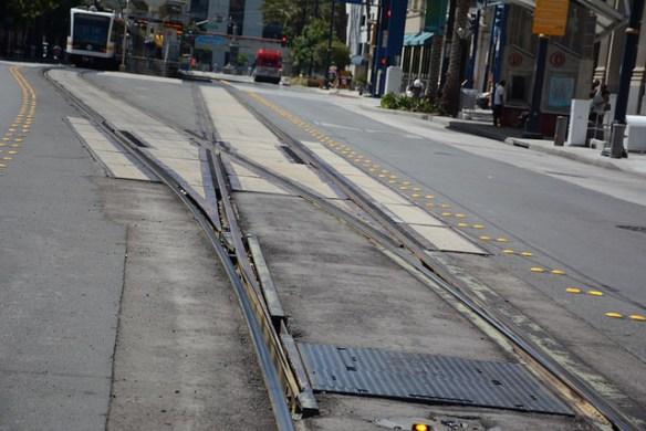 Se repararán las vías de la Línea Azul. Foto: Anna Chen/Metro.
