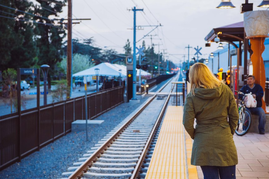 Extensión de la Línea Dorada hacia Azusa. Foto: Steve Hamon.