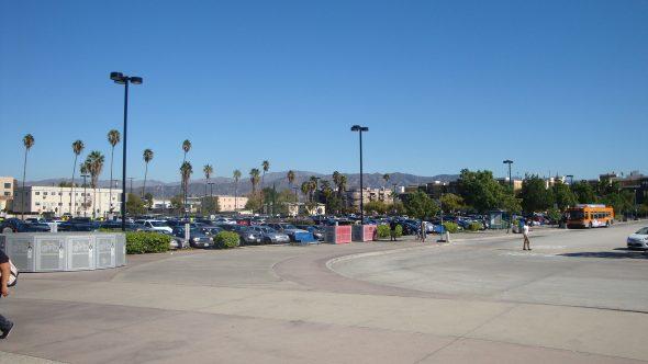 Estacionamiento en North Hollywood.