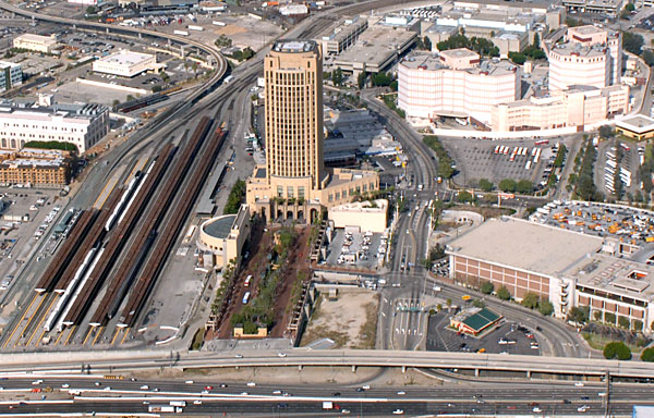 The station, essentially a horizontal pathway that extends 600 feet from the plaza along the 101 freeway and across the freeway entrance at Vignes Street, will be constructed at the south end of the Patsaouras Transit Plaza facing the I-101 freeway. Photo by Gary Leonard.