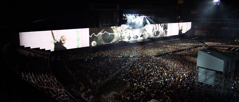 Fans advised to Go Expo, arrive early for Roger Waters: The Wall concert at the L.A. Coliseum May 19. Photo by Sean Evans.