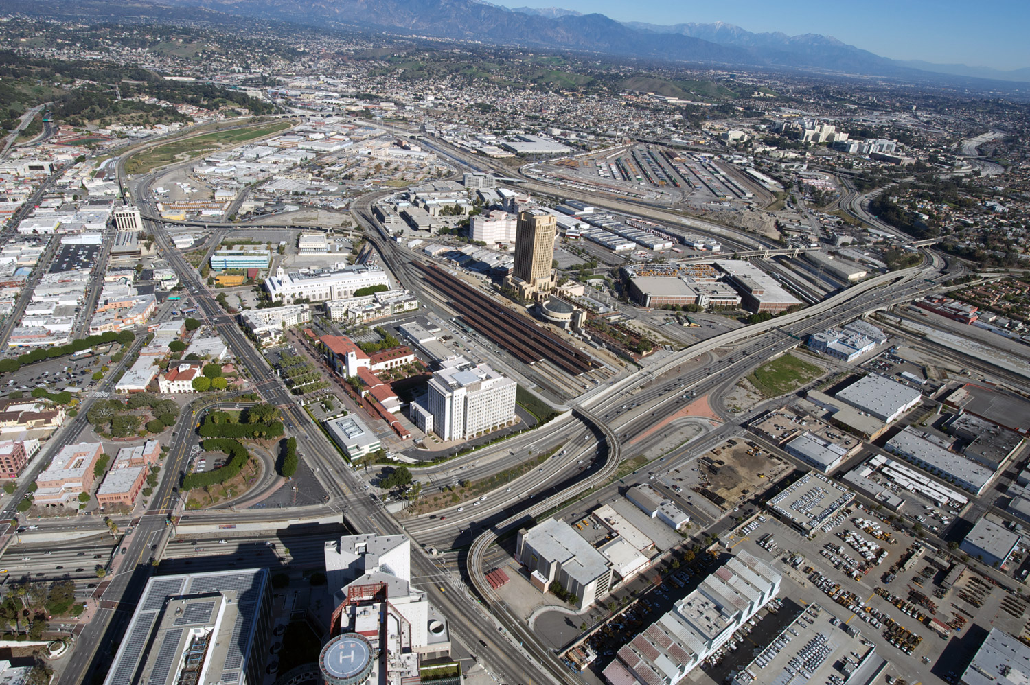 ULI Advisory Panel: Flanked on the east by the potential of the Los Angeles River, Union Station and its environs are ripe with development opportunity.