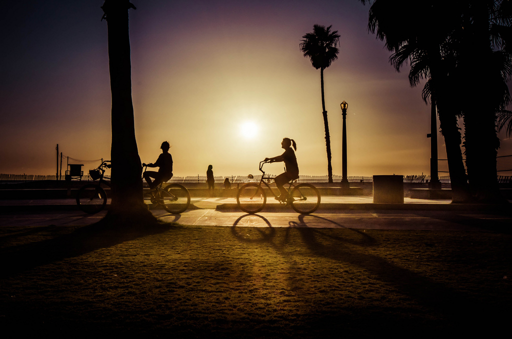 ART OF TRANSIT: A cyclist on the beach bike path in Santa Monica this past weekend. Photo by Steve Hymon.