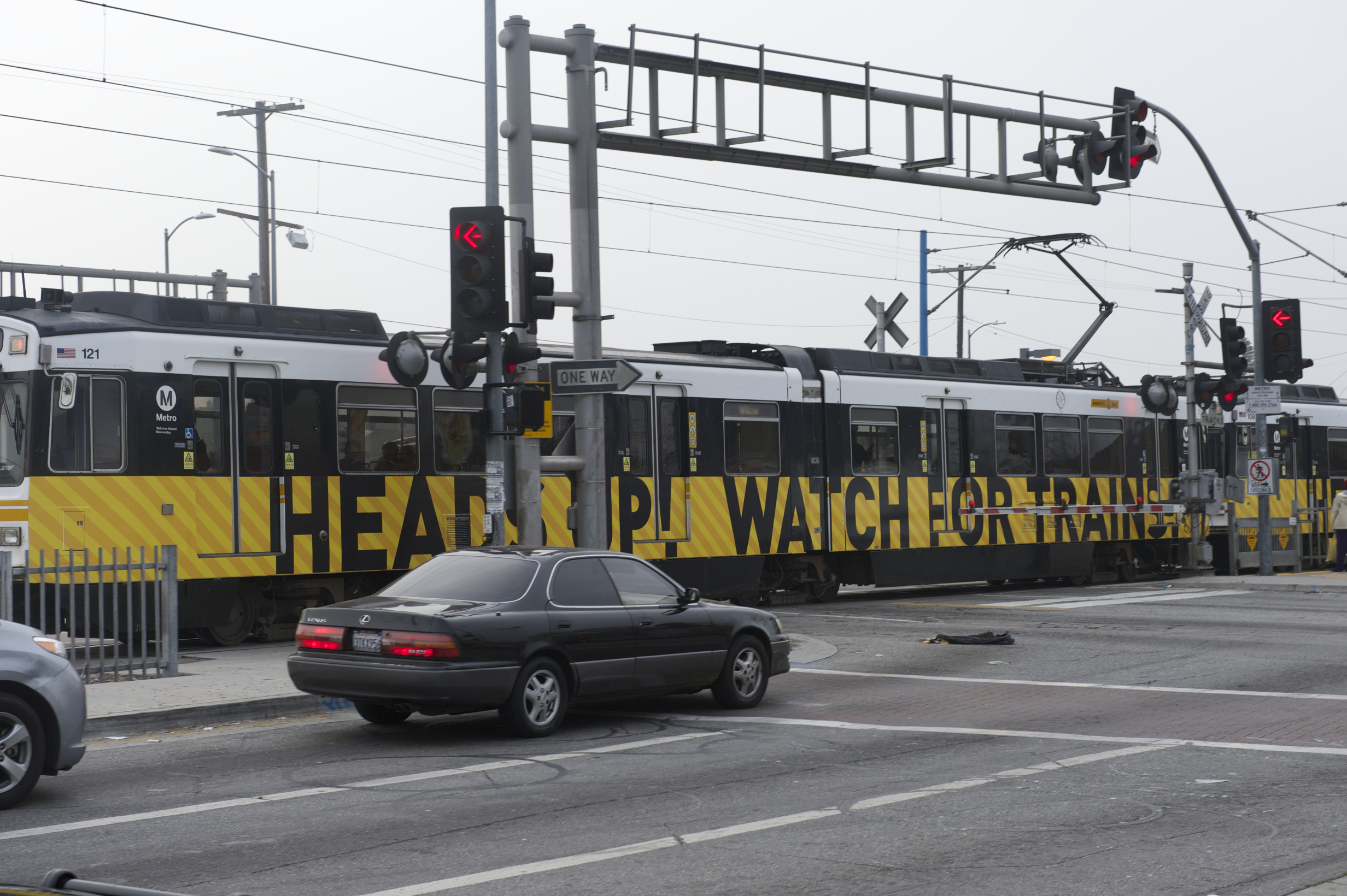 A new wrap on the Blue Line. Photo by Gary Leonard for Metro.