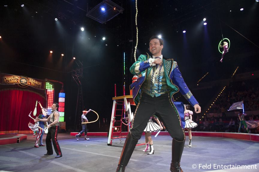 Catch the circus at Staples Center and get discounted tickets with Metro! Photo: Ringling Bros. Barnum and Bailey Official Facebook