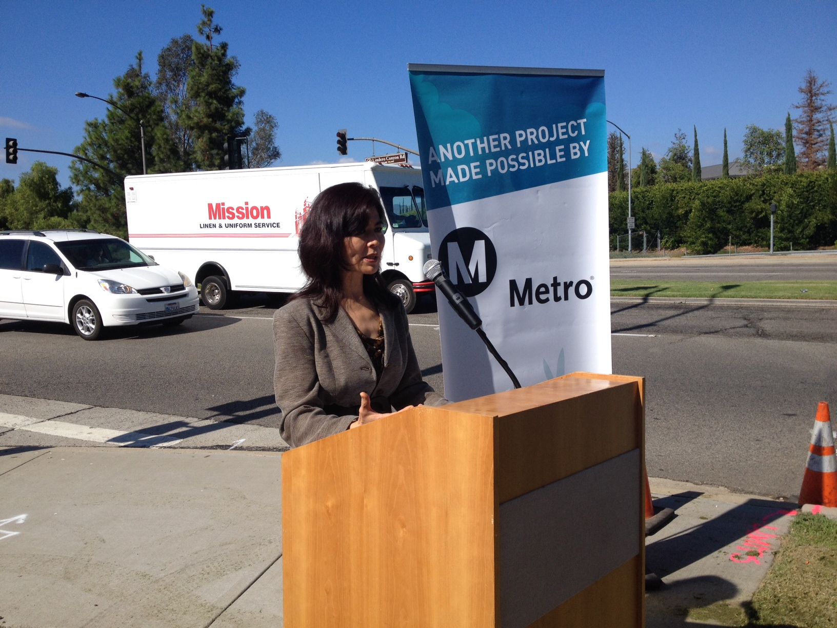 Metro Highway Program's Lan Saadatnejadi speaks at the Lindero Canyon/101 bridge project groundbreaking. Photo: Paul Gonzales/Metro