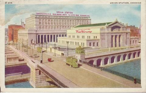 Fred Harvey postcard of Chicago Union Station. From Appetite for America, courtesy of the Michael McMillan Collection.