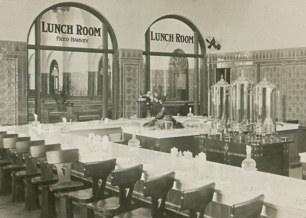 Lunchroom at Chicago Dearborn Station. From Appetite for America, courtesy of the Gordon Chappell Collection, Denver Public Library.