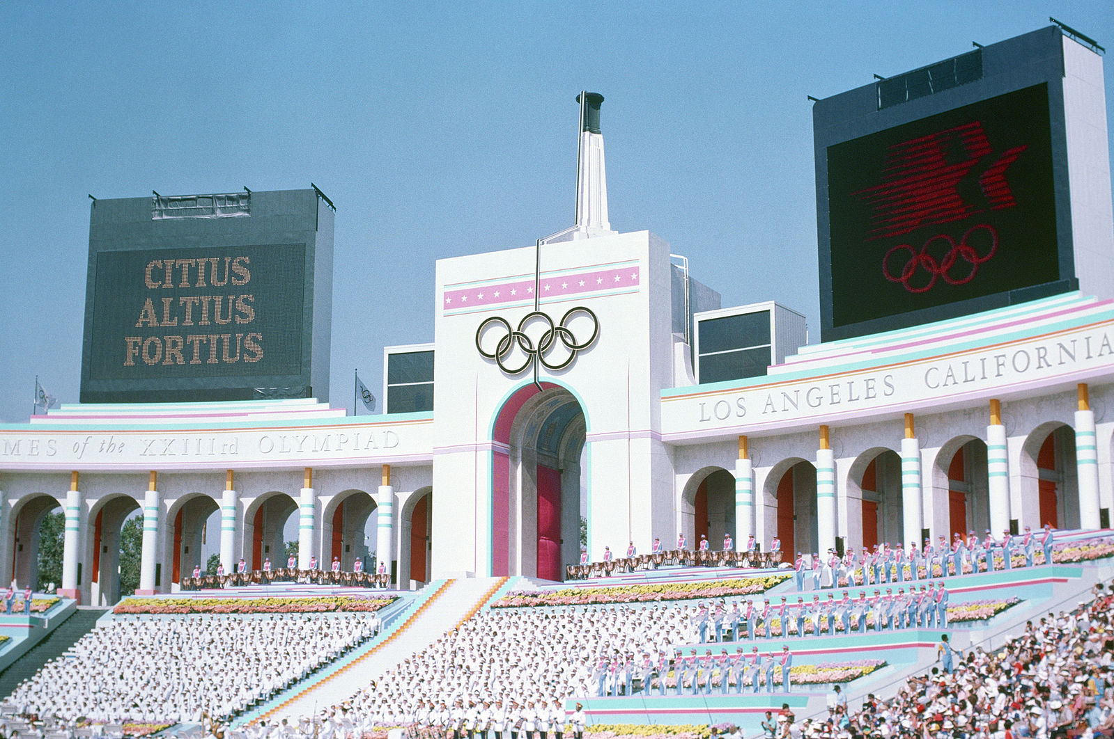 Could the Coliseum host the Summer Games for a third time? Photo: Wikimedia Commons.