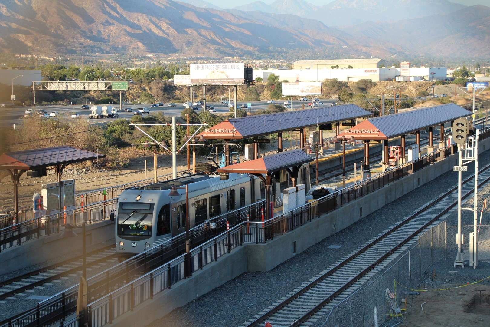 A test train leaving the Irwindale Station.