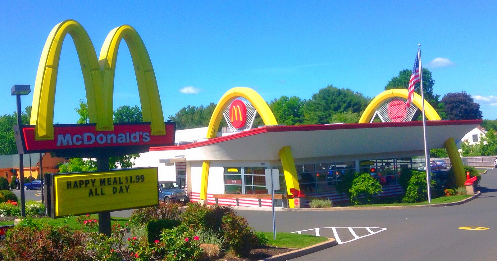 A McD's in Connecticut. Photo by Mike Mozart, via Flickr creative commons.