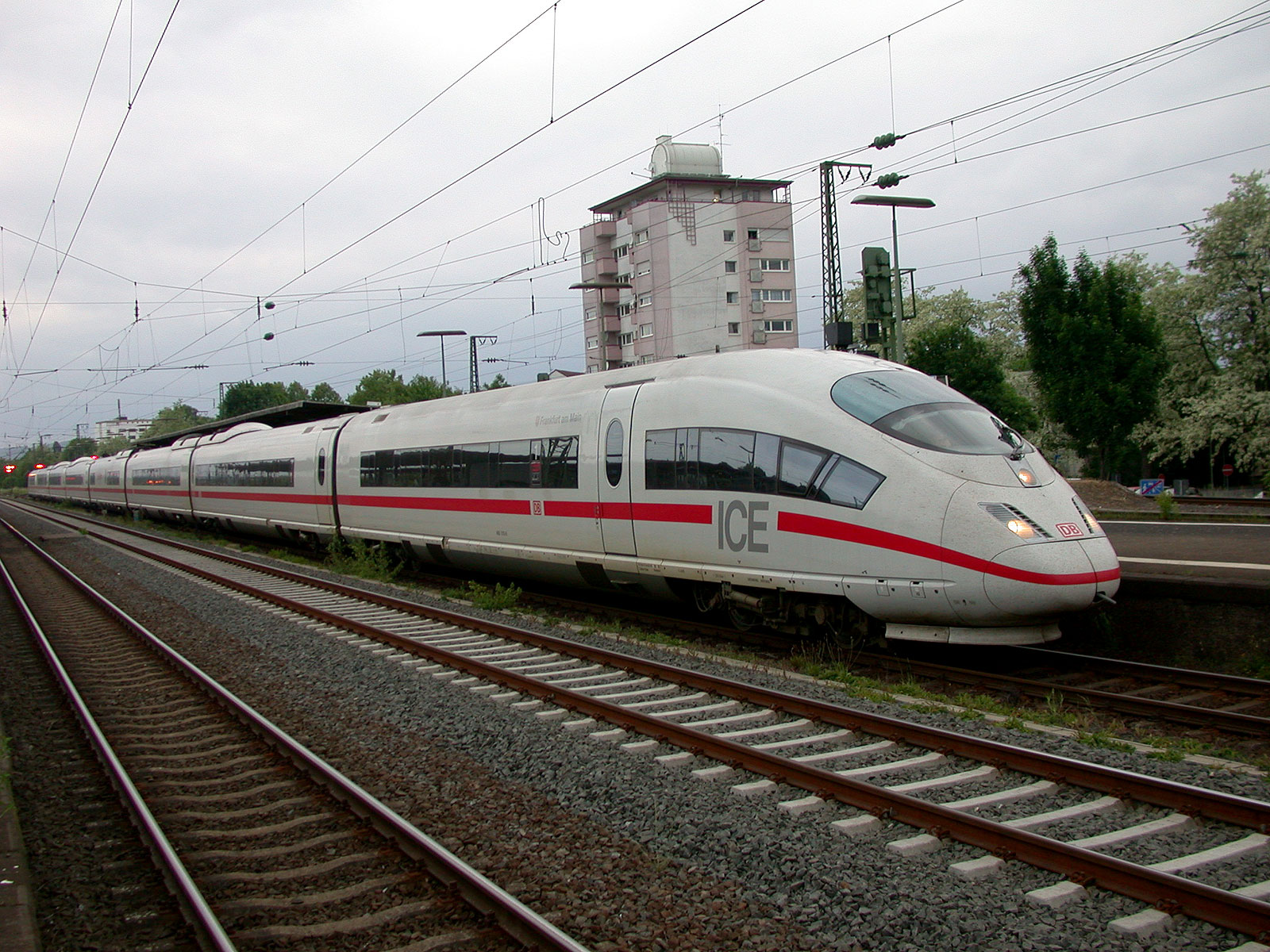 A German bullet train: 180mph and plenty of restrooms, writes Zocalo. Photo: Wikimedia.